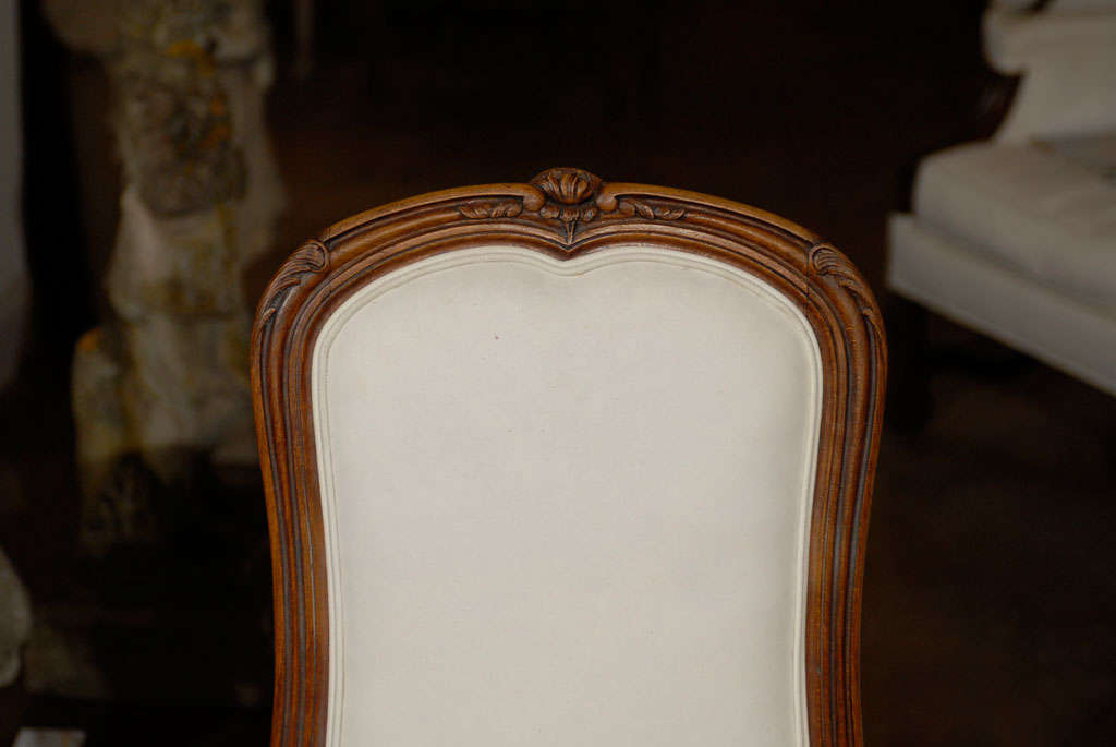Set of Six French Louis XV Style 19th Century Walnut Dining Room Side Chairs For Sale 4