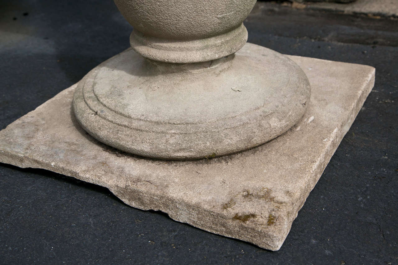 Barker & Sons Bronze and Limestone Sundial For Sale 2