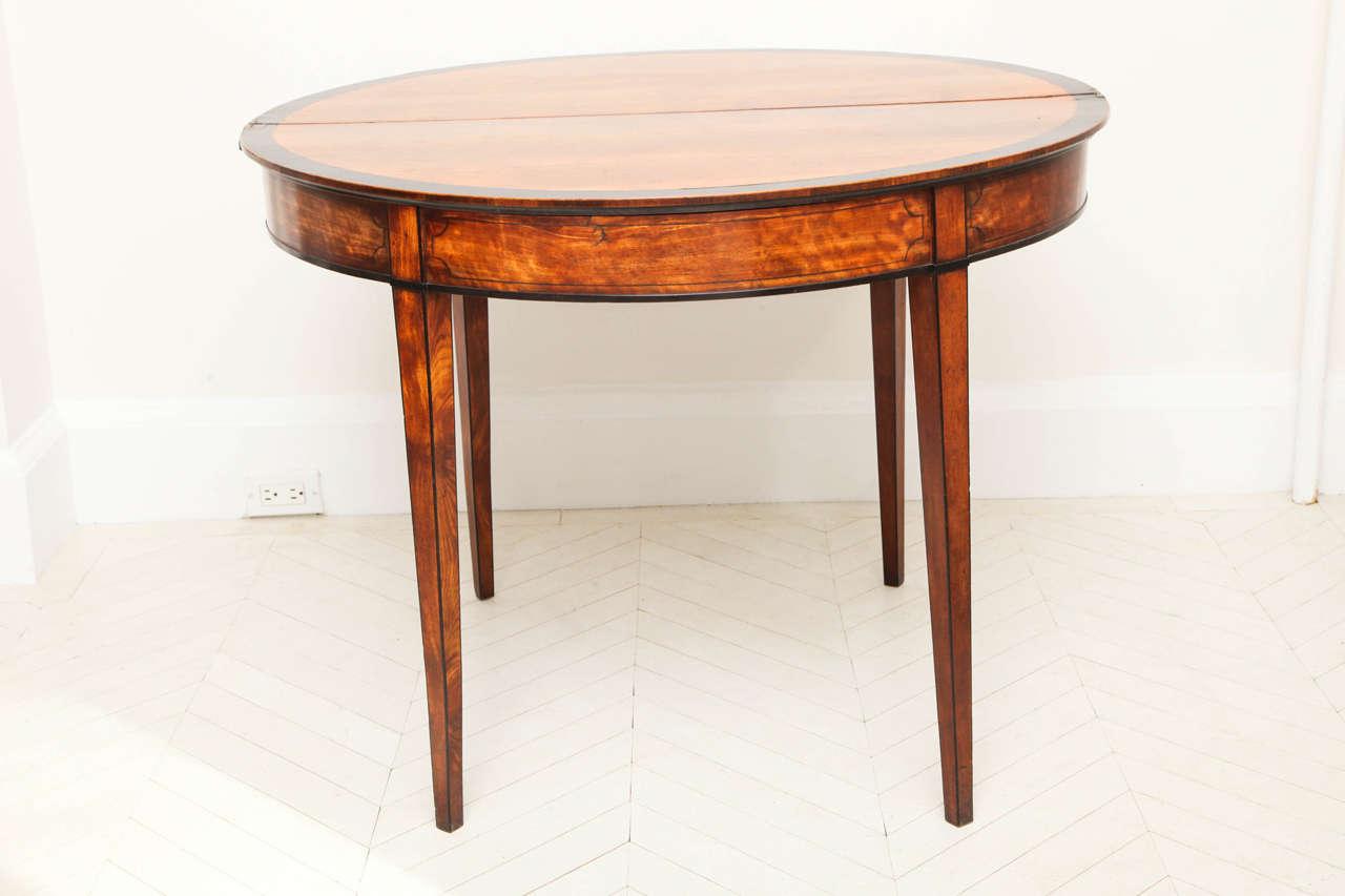 George III Satinwood and Ebony Inlaid Folding Table 8
