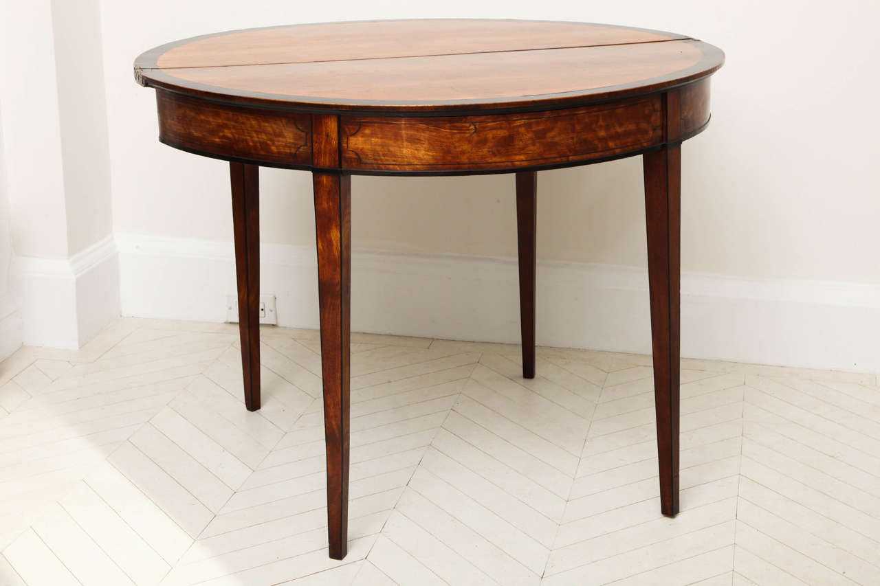 George III Satinwood and Ebony Inlaid Folding Table 4