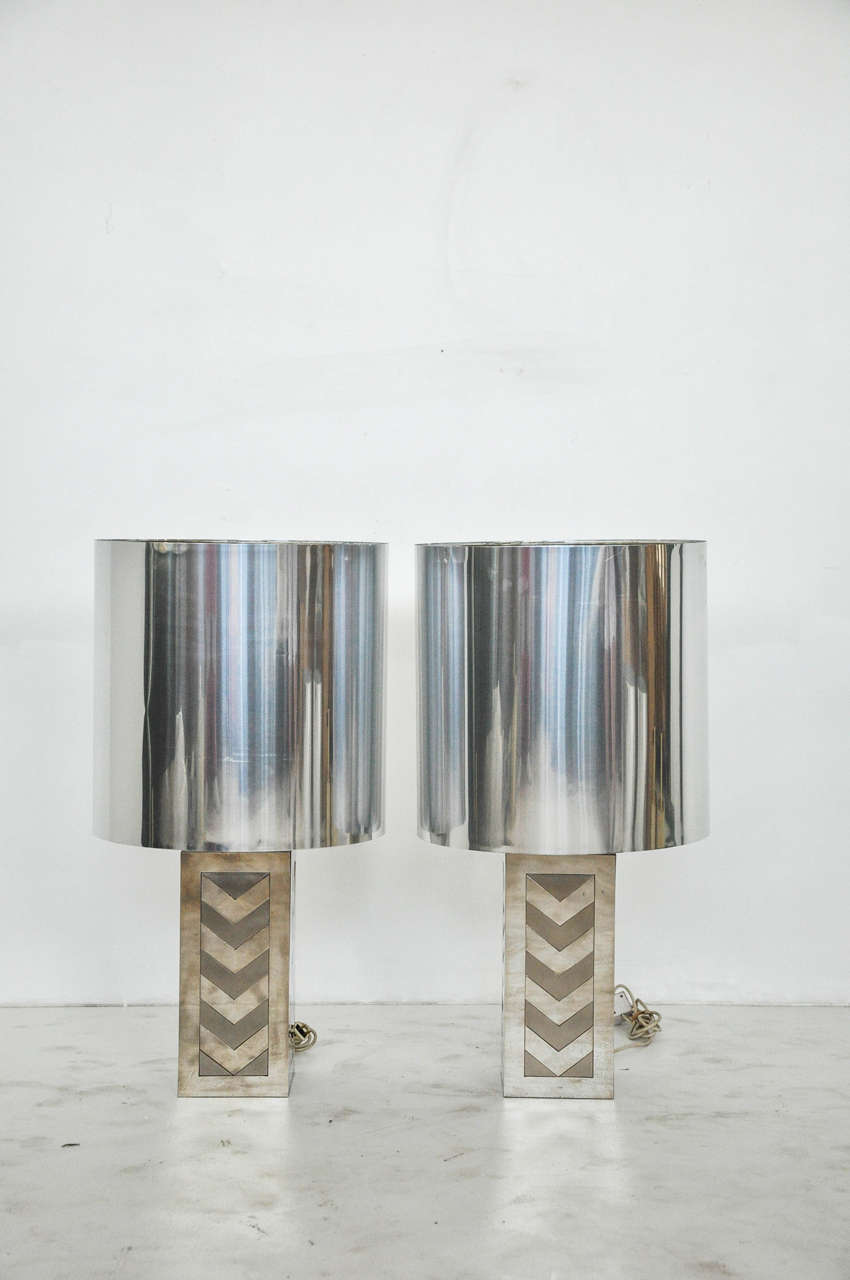 Glamorous 1970s lamps. Made in Italy by Noel BC. Polished 14