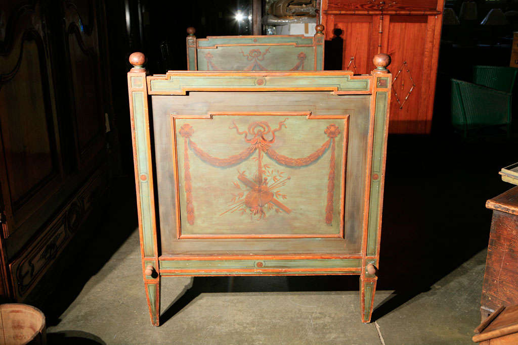 19th Century Venetian Painted Day Bed For Sale