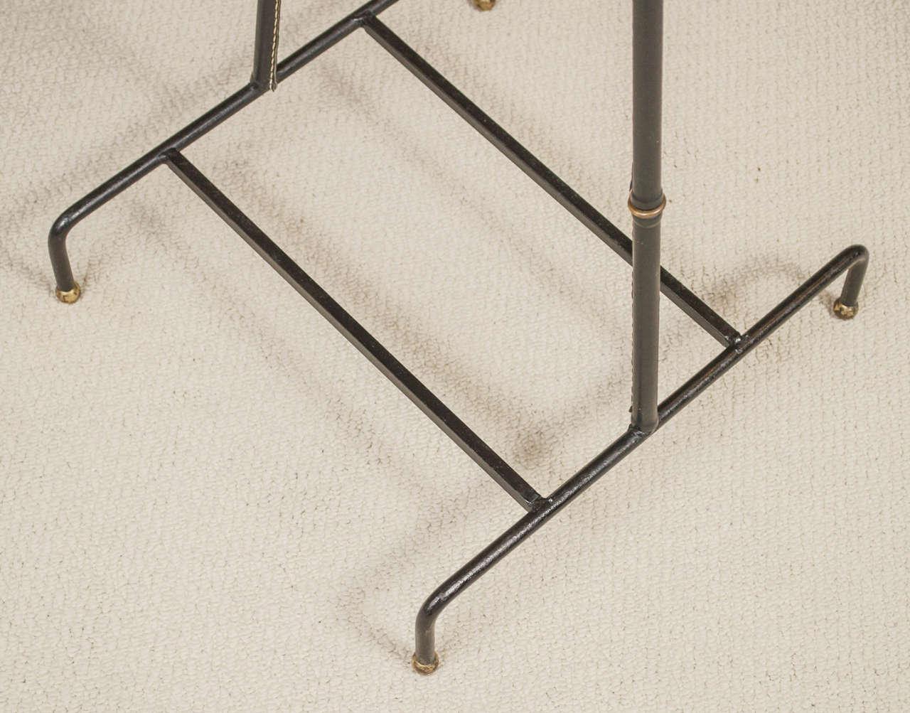 jacques adnet unique leather covered valet de nuit for. Black Bedroom Furniture Sets. Home Design Ideas