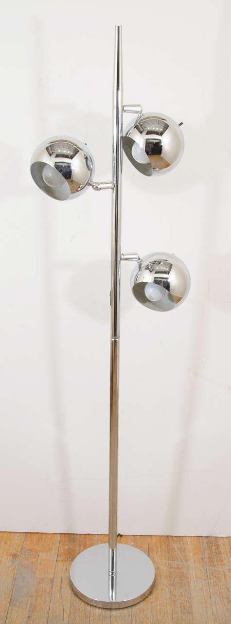 Mid Century Chrome Floor Lamp With Three Pivoting Half