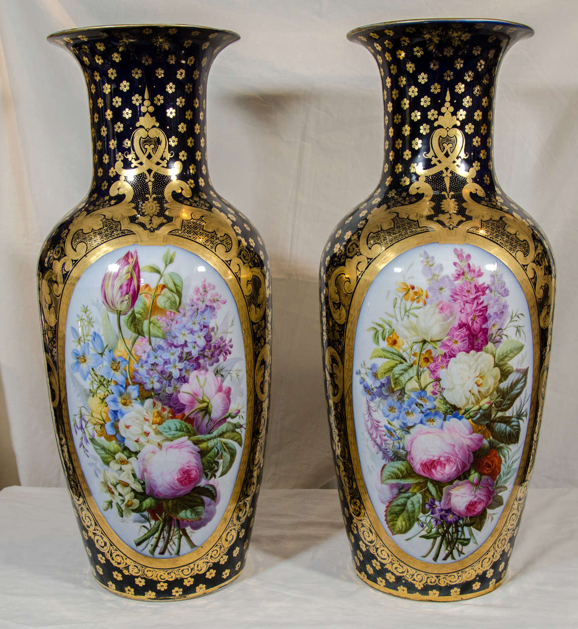 Pair Large Paris Porcelain Vases Hand-Painted with Flowers and Blue Ground For Sale 3