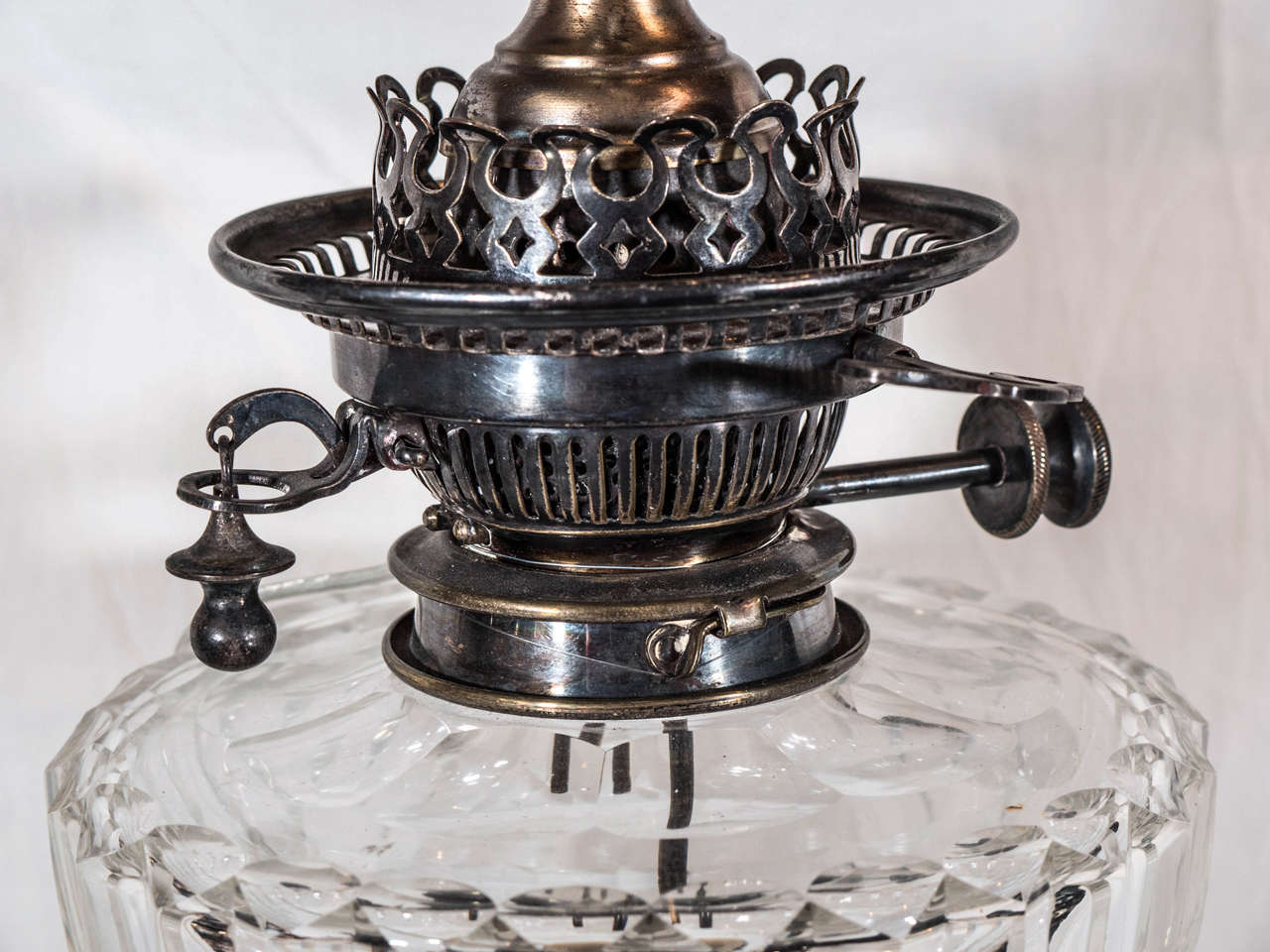 Pair of English Cut-Glass Oil Lamps: Now Electrified For Sale 2