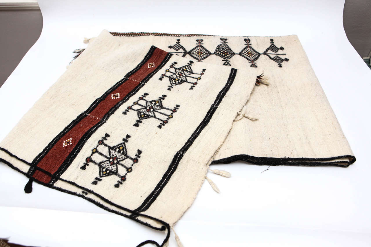 Vintage West African Fulani Wedding Blanket In Good Condition For Sale In Los Angeles, CA