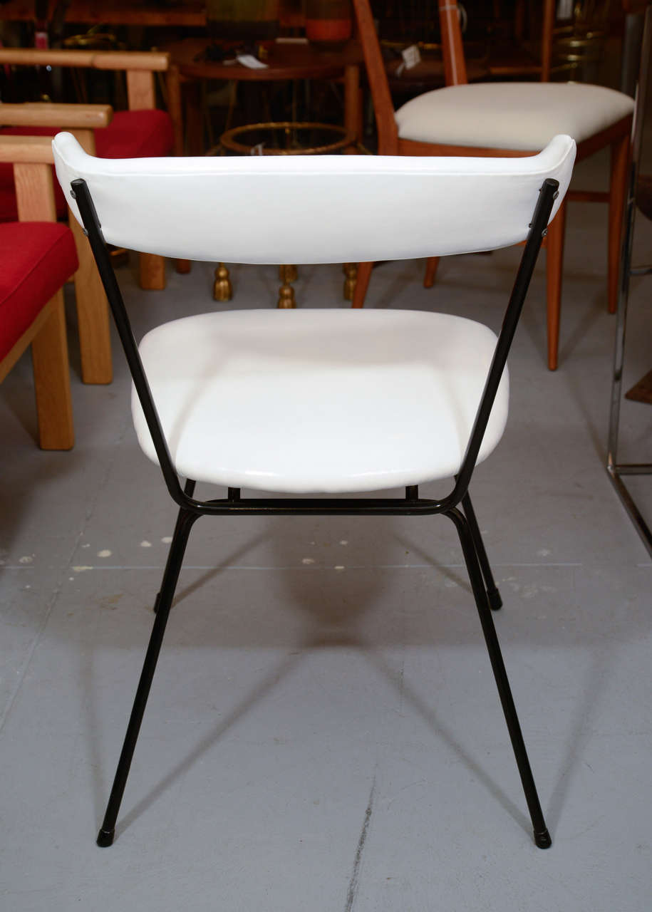 Set of 4 Iron Dining Chairs by Clifford Pascoe in White Leather In Excellent Condition For Sale In New York, NY