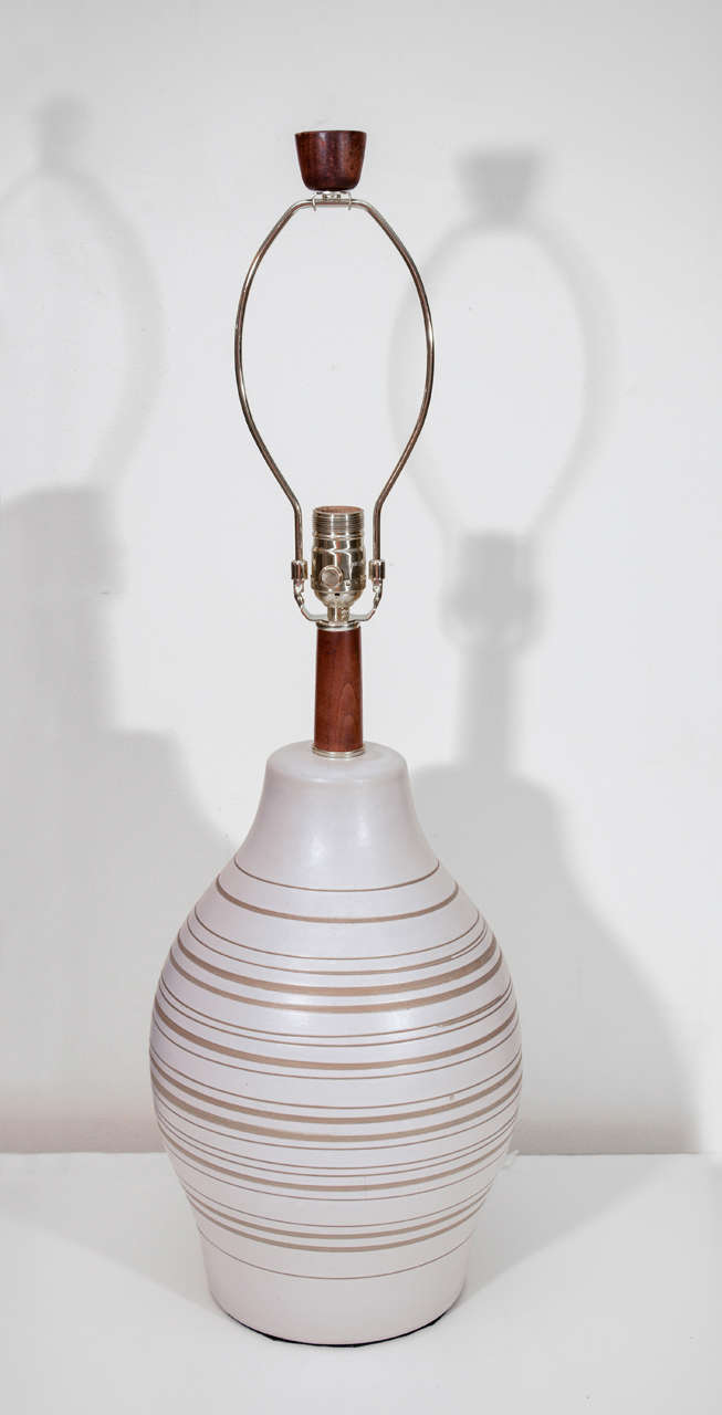 Gordon Martz Horizontal Striped Lamp In Excellent Condition For Sale In New York, NY