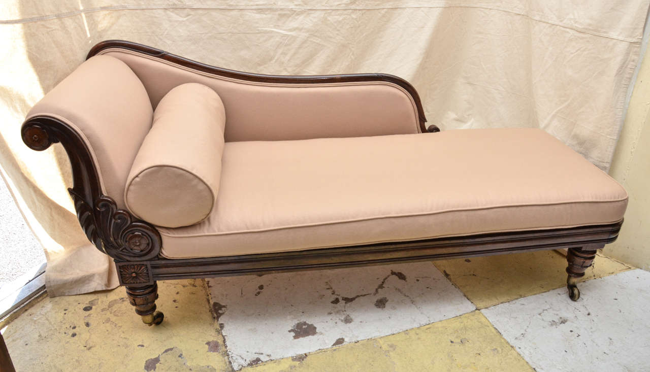 English rosewood framed william iv recamier chaise for Chaise longue in english