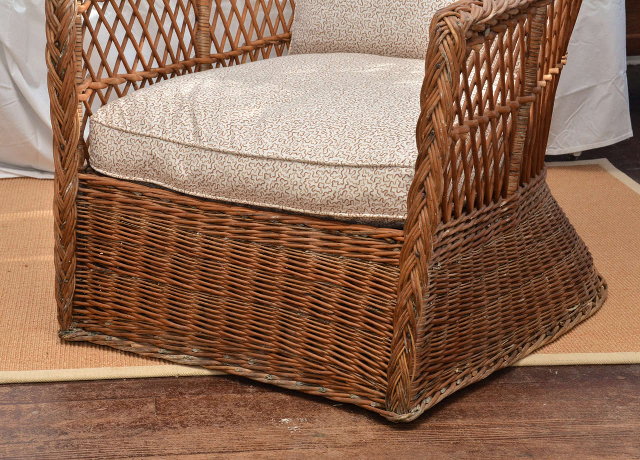 Large Scale American 1920 39 S Natural Wicker Lounge Chair At 1stdibs