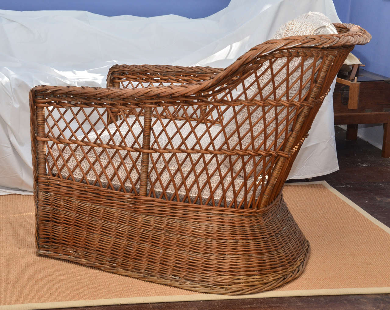 Large scale american 1920 39 s natural wicker lounge chair at for 1920s chaise lounge