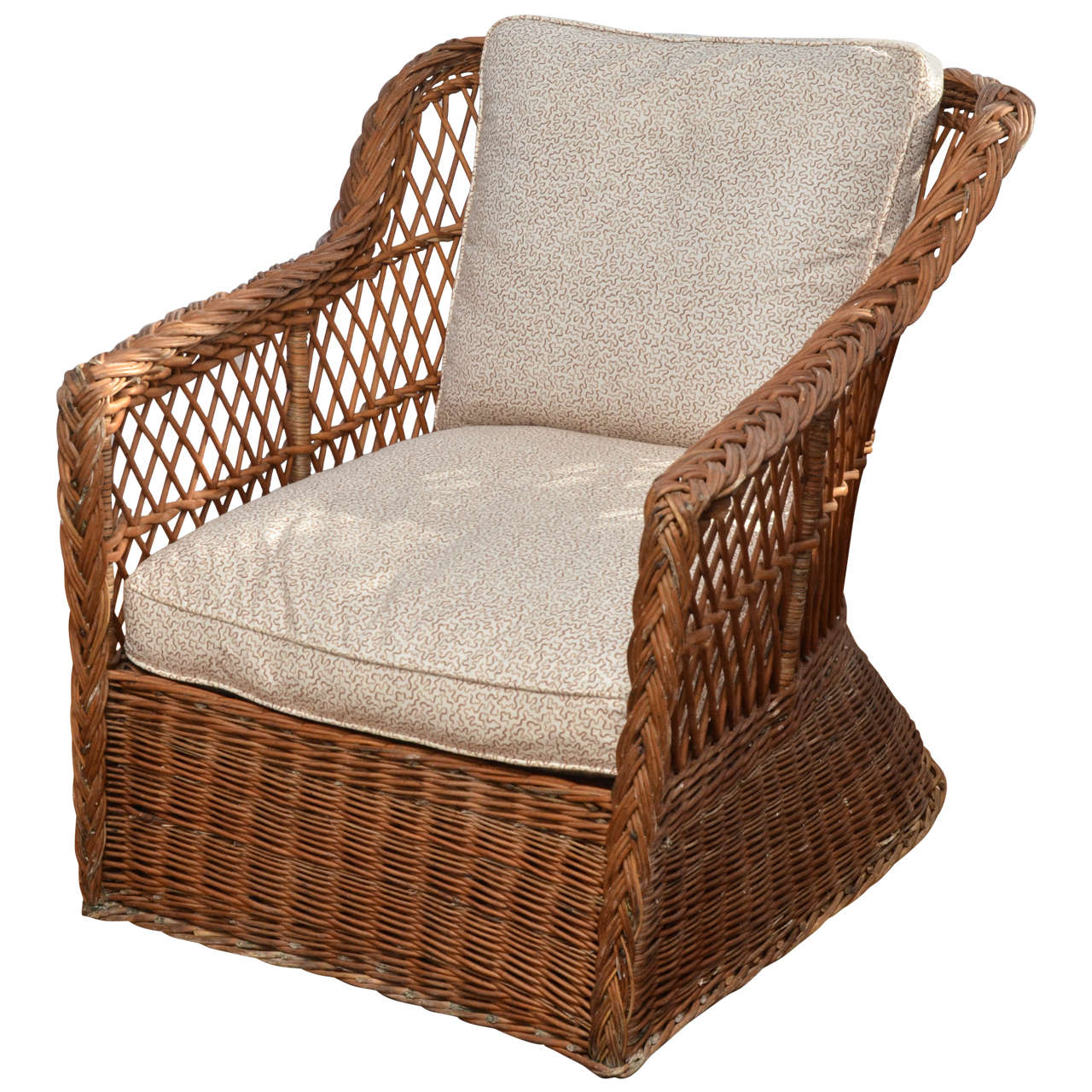 Large Scale American 1920u0027s Natural Wicker Lounge Chair 1