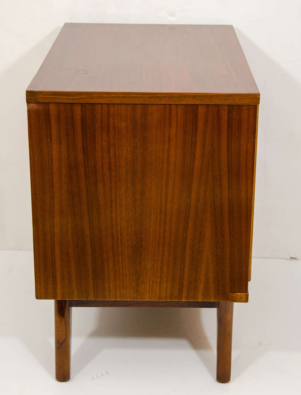 Mid-20th Century Danish Mid-Century Modern End Table For Sale