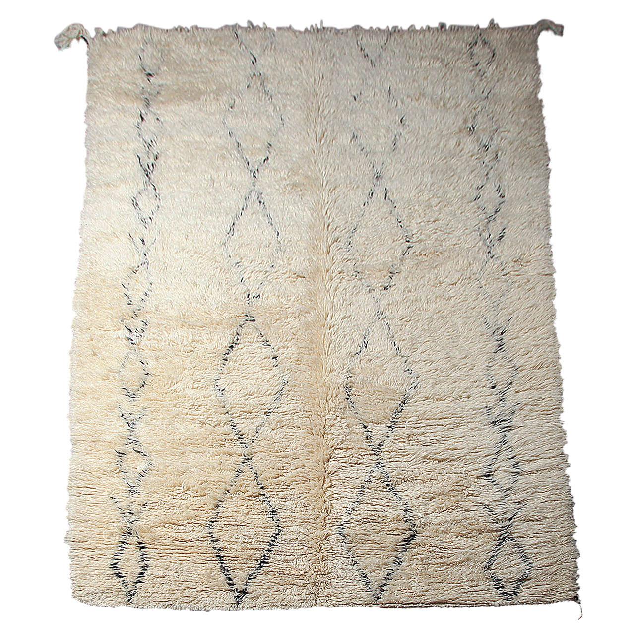 vintage beni moroccan ourain rug at 1stdibs. Black Bedroom Furniture Sets. Home Design Ideas