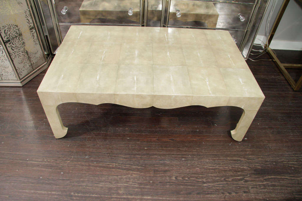 Beau Asian Jean Michel Frank Style Cocktail Table In Genuine Shagreen For Sale