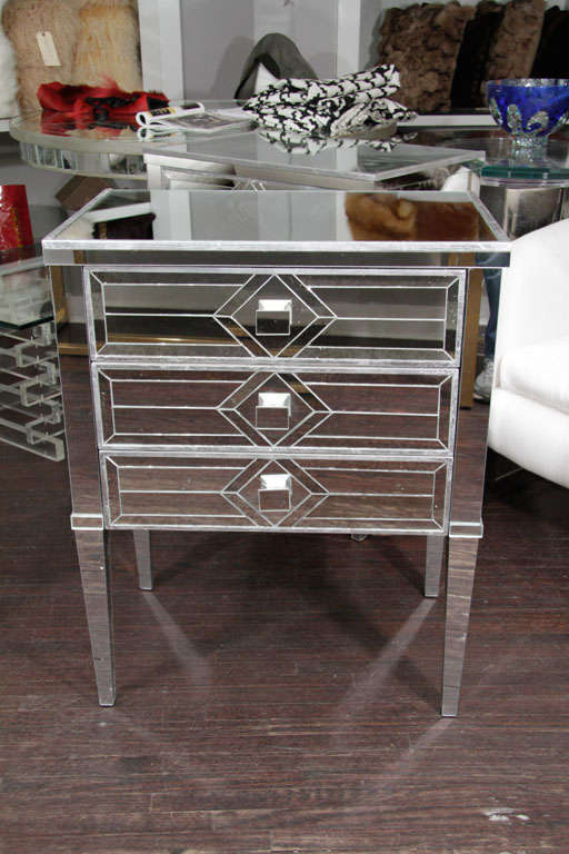Pair of Three-Drawer Mirrored Commodes 3