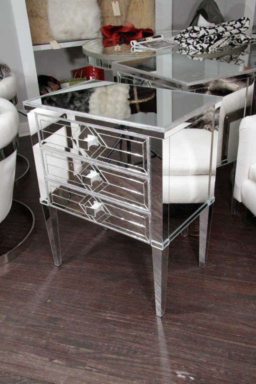 Pair of Three-Drawer Mirrored Commodes 10