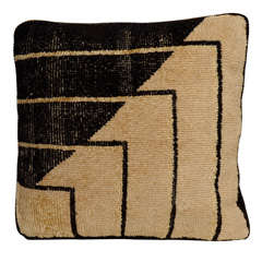 Black and White Abstract Pillow by Eero Saarinen, 1930s