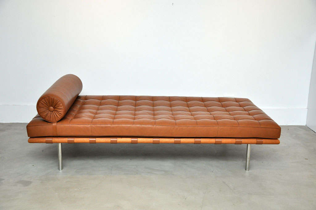 Barcelona Daybed Mies Van Der Rohe At 1stdibs