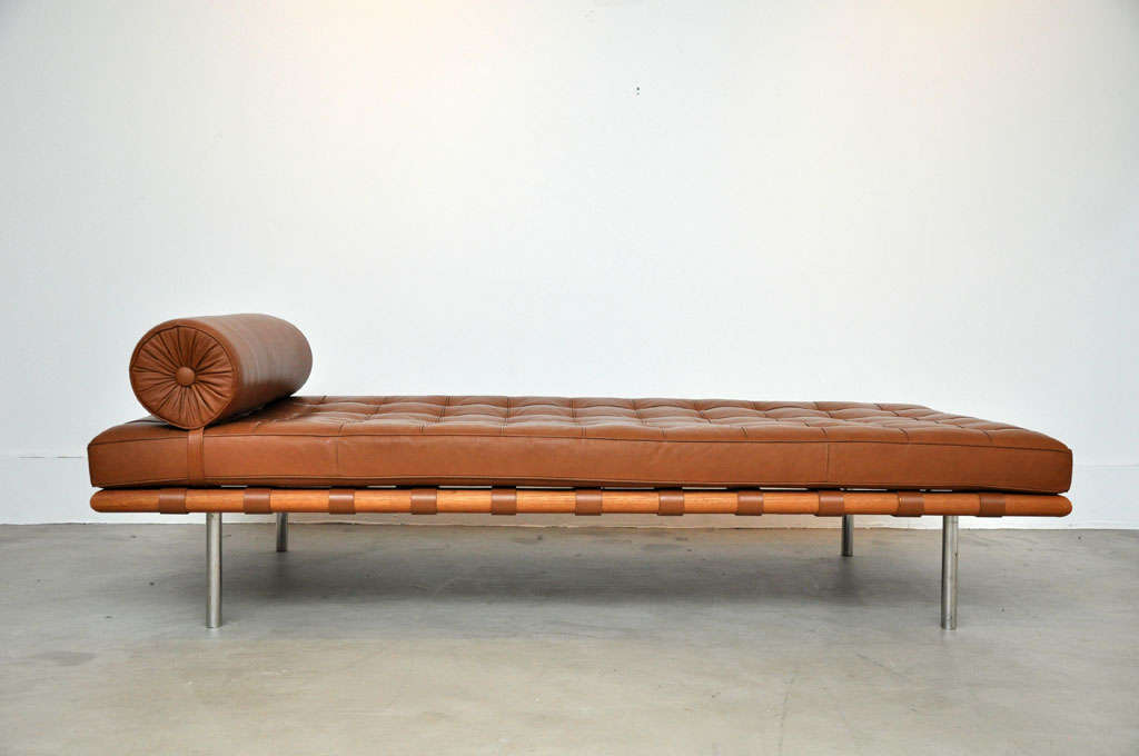 barcelona daybed mies van der rohe at 1stdibs. Black Bedroom Furniture Sets. Home Design Ideas