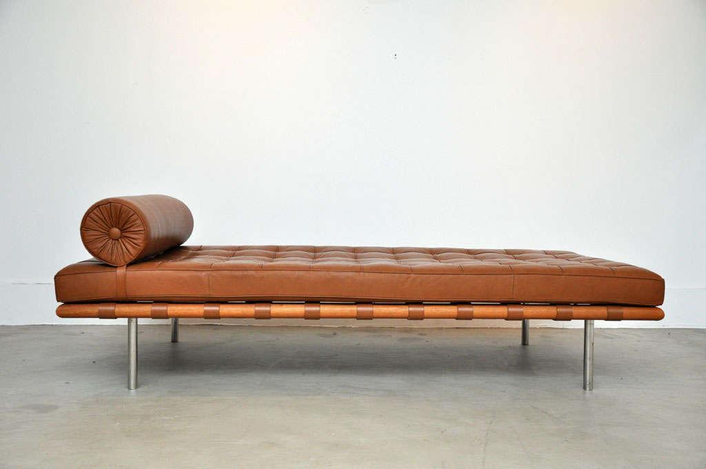 barcelona daybed mies van der rohe at 1stdibs. Black Bedroom Furniture Sets. Home Design Ideas