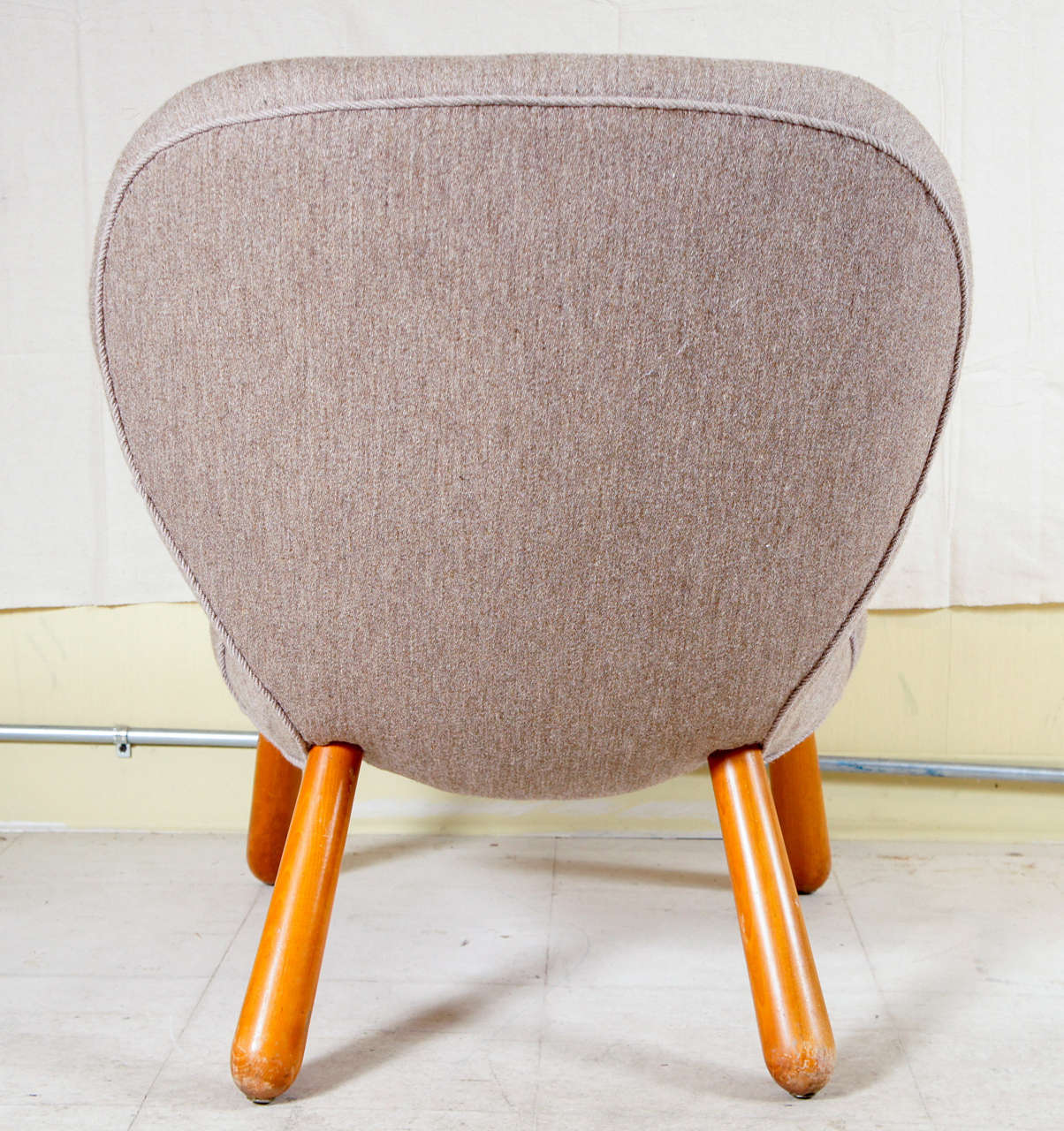 'Clam Chair' by Philip Arctander 4