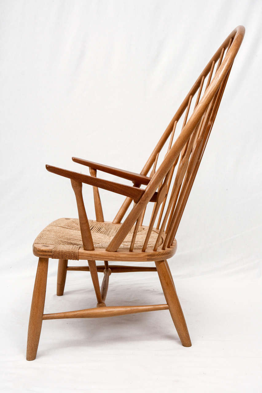 Mid-20th Century Hans Wegner Peacock Chair For Sale