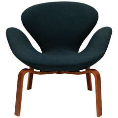 "Arne Jacobsen ""Swan"" Chair"