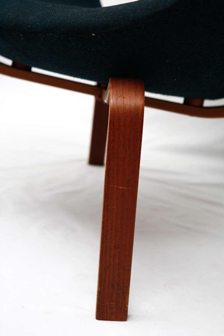 "Arne Jacobsen ""Swan"" Chair 4"