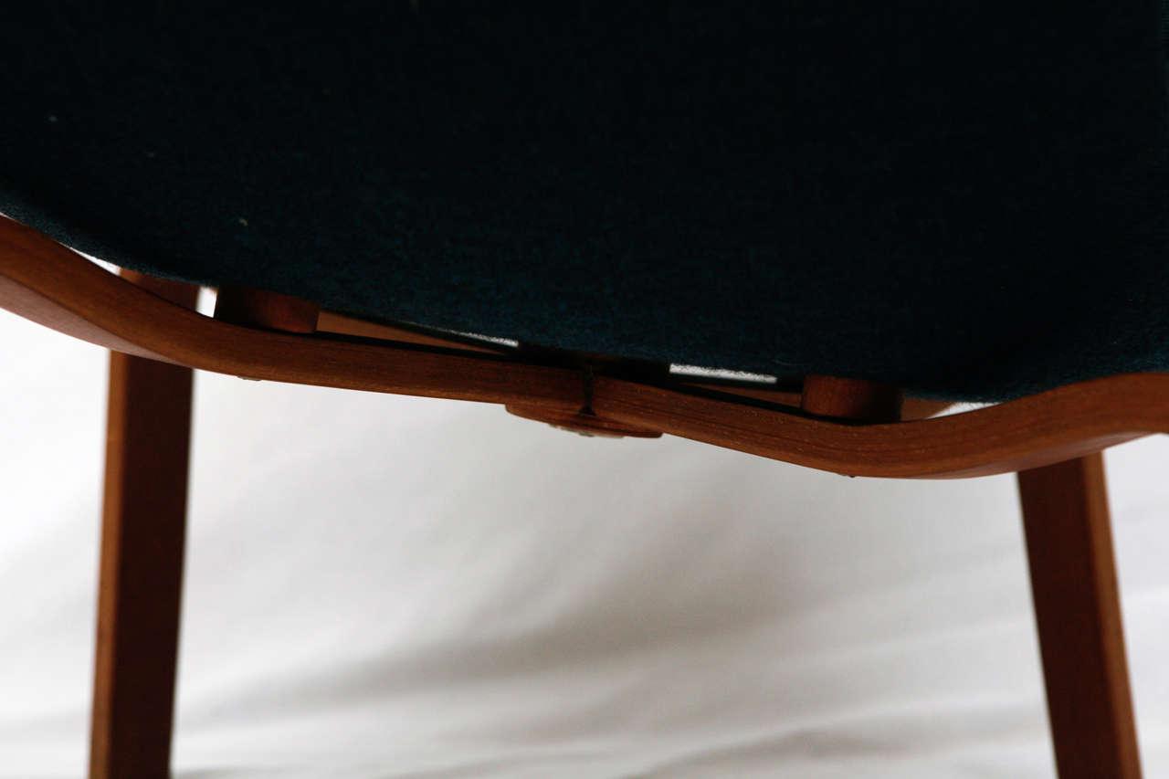 "Arne Jacobsen ""Swan"" Chair 6"