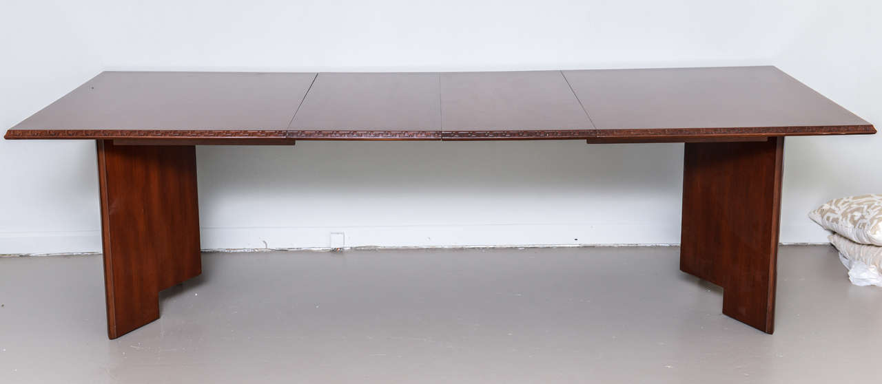 Mid-Century Modern Frank Lloyd Wright Mahogany Extension Dining Table For Sale