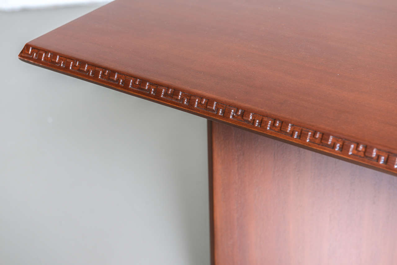 Frank Lloyd Wright Mahogany Extension Dining Table For Sale 1