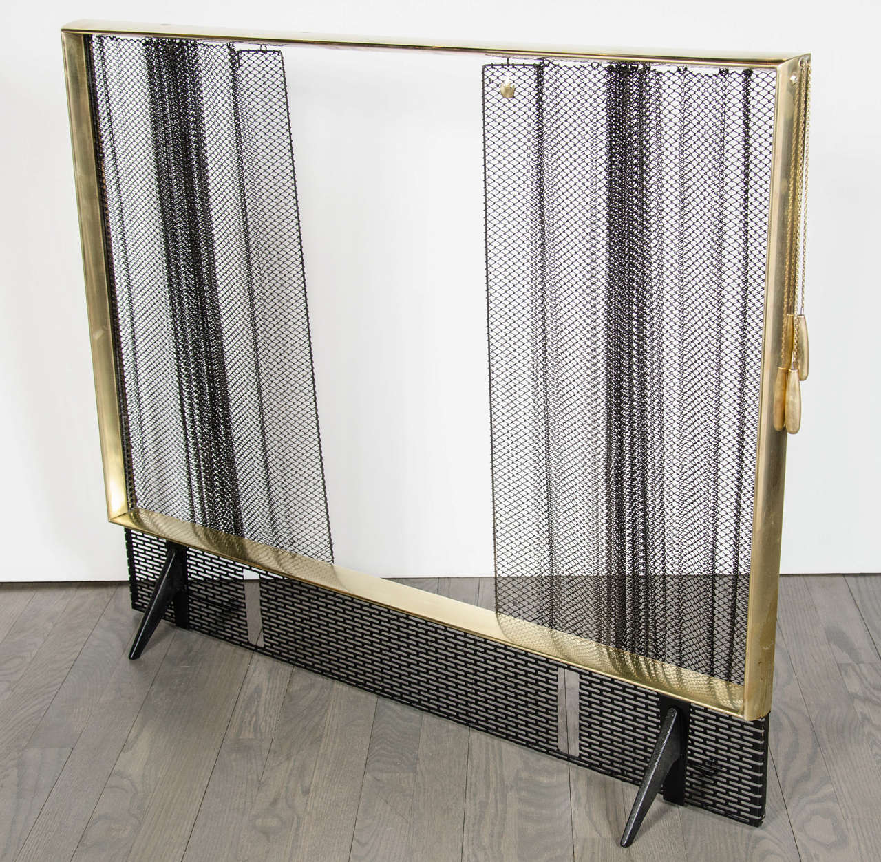 Exceptional Art Deco Fire Screen By Donald Deskey For Bennett At 1stdibs
