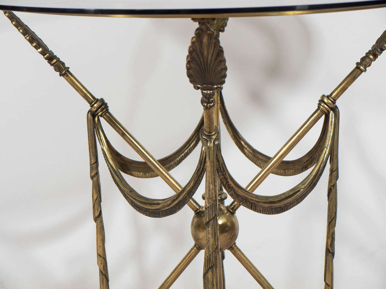 20th Century Mid-Century Pair of French Crossed Arrow Brass End or Side Tables For Sale