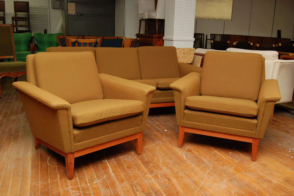 Danish modern olive green sofa set at 1stdibs for Danish living room furniture