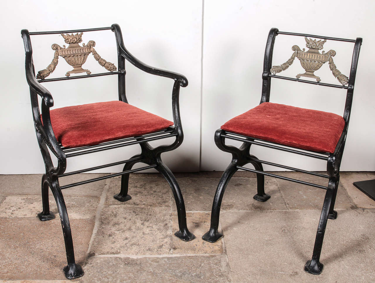Set of Cast Iron and Bronze Garden Furniture For Sale 1