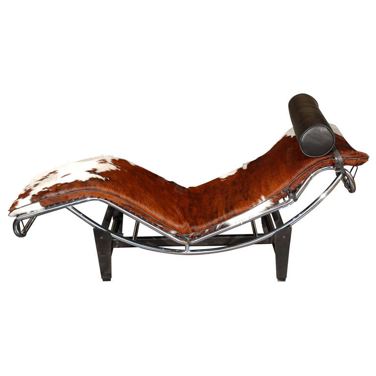 Le corbusier chaise longues lc4 at 1stdibs for Chaise longue by le corbusier