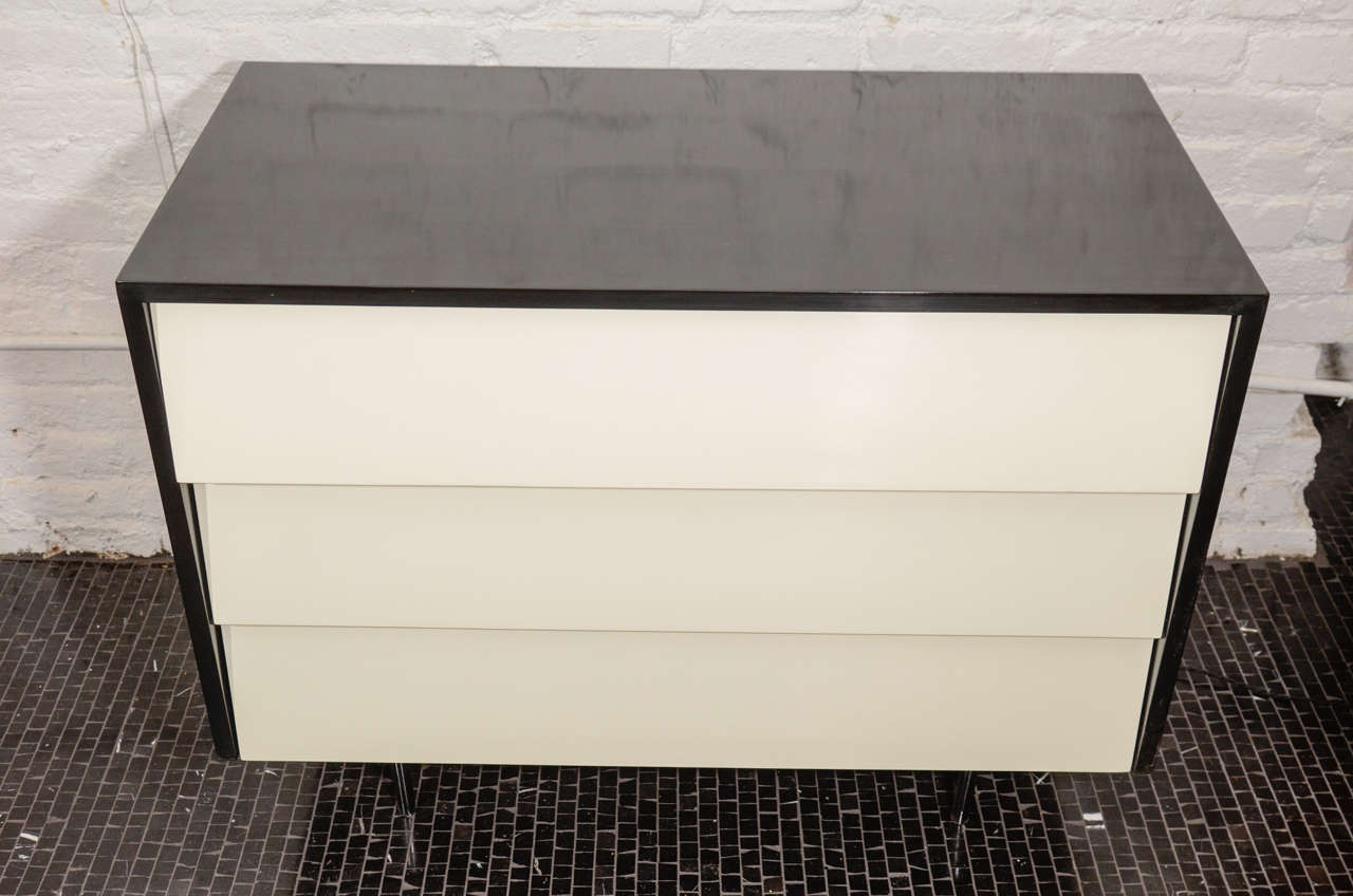 Florence Knoll Black Lacquered And White Front 3 Drawer