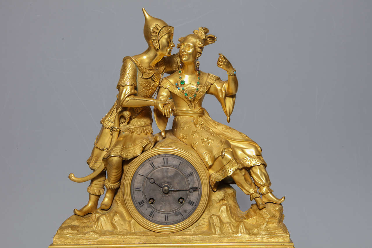 Unusual French Gilt Bronze Chinoiserie Clock of Lovers In Excellent Condition For Sale In New York, NY