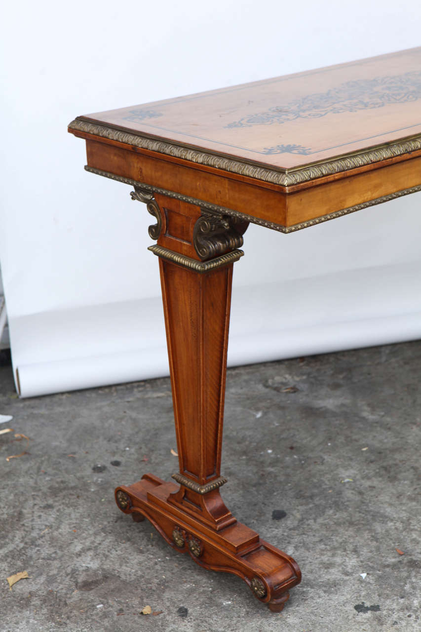 1940s French Satinwood Console Table with Inlay For Sale 2