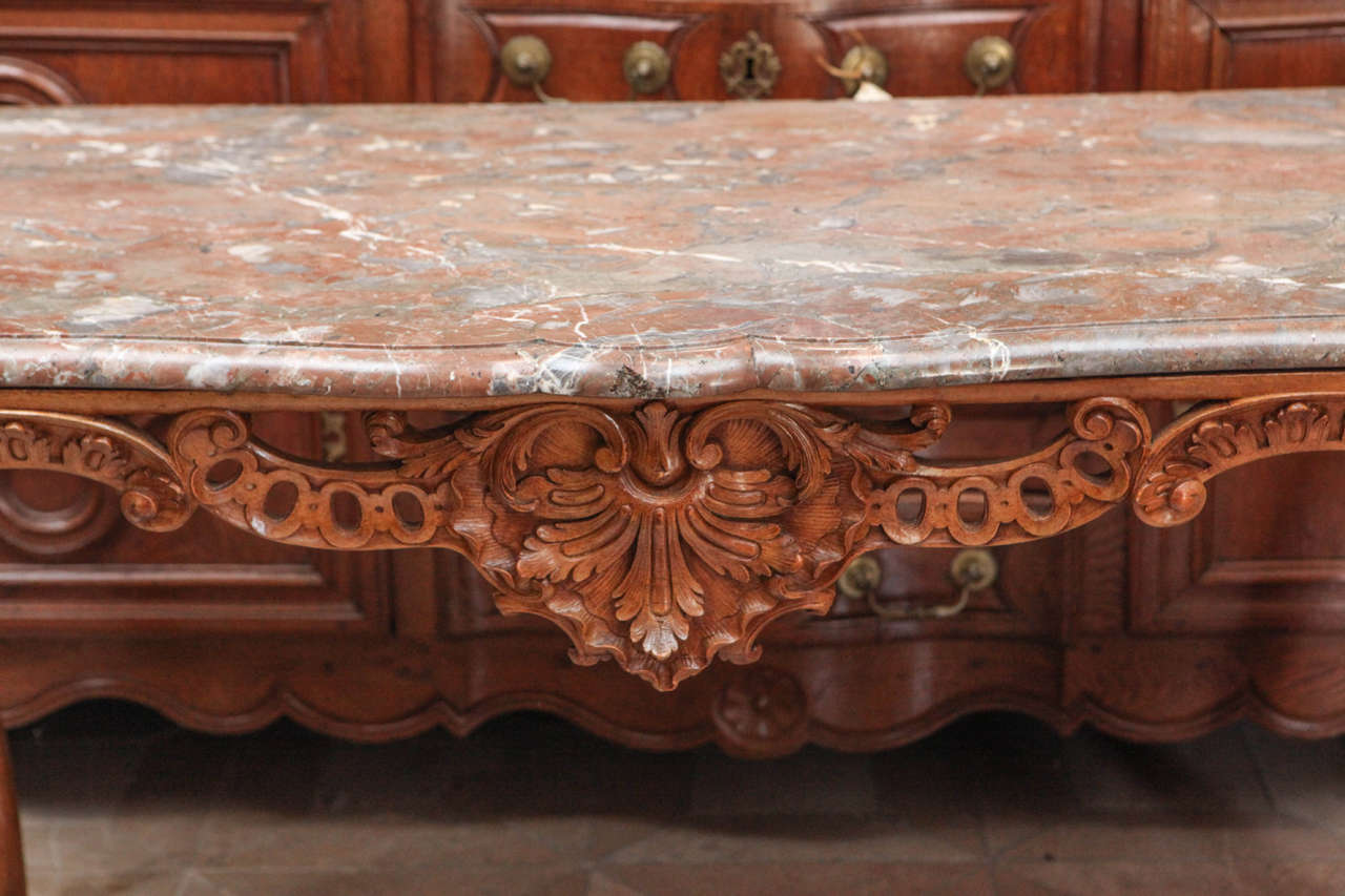 Late 18th Century French Carved Walnut Table with Original Marble Top In Excellent Condition For Sale In Los Angeles, CA