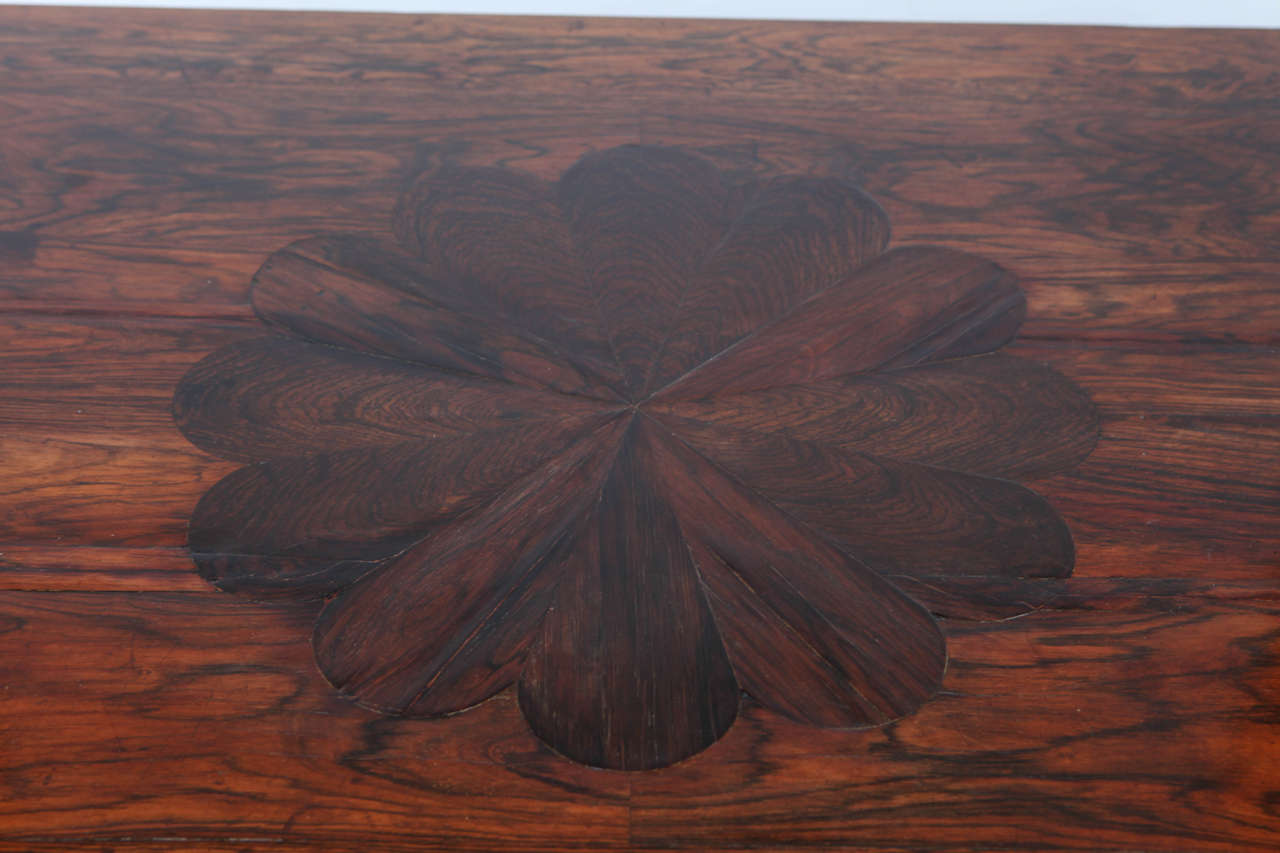 18th Century Portuguese Rosewood Table For Sale 1
