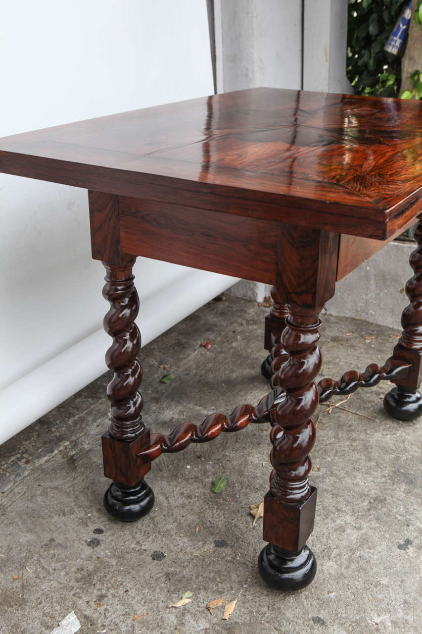 18th Century Portuguese Rosewood Table For Sale 3