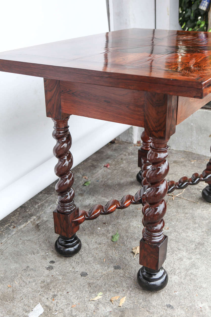 18th Century Portuguese Rosewood Table For Sale 4