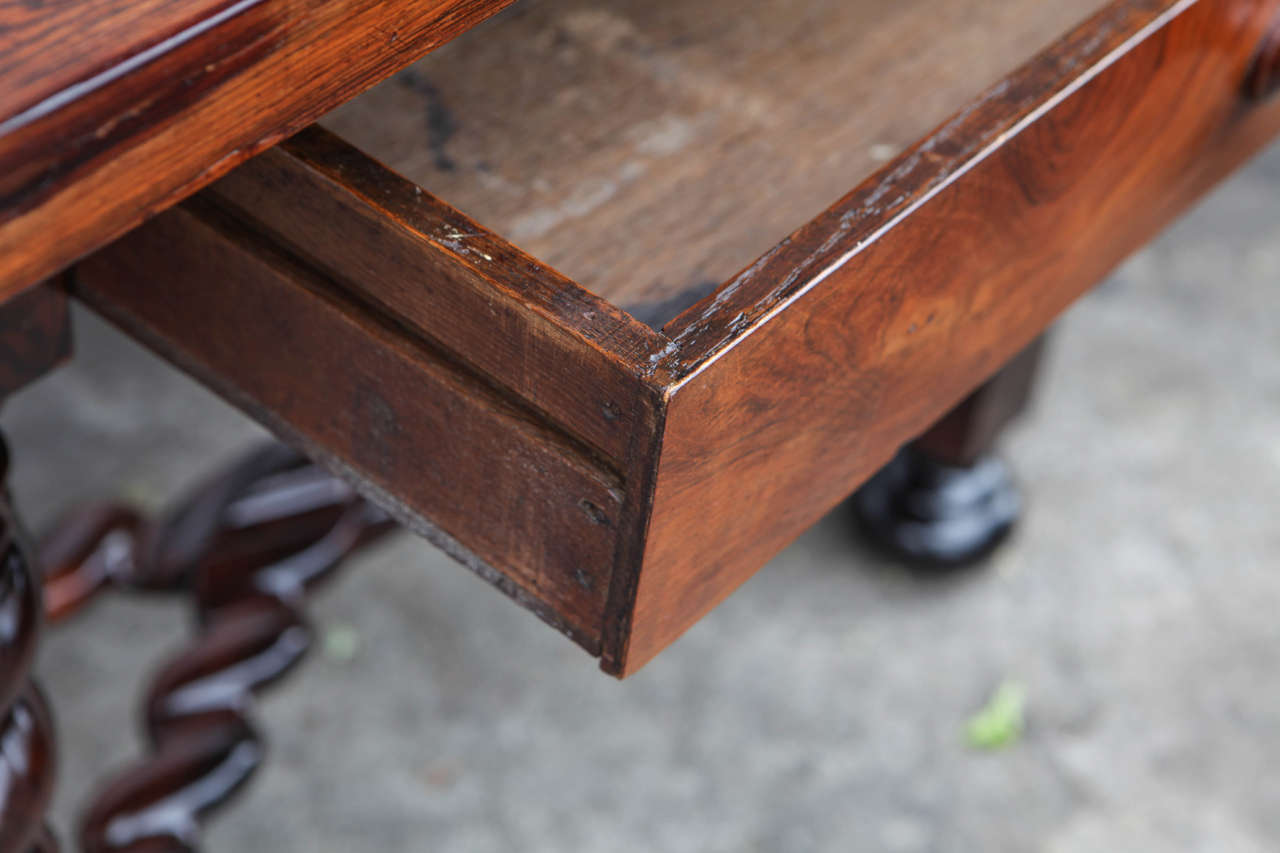 18th Century Portuguese Rosewood Table For Sale 5