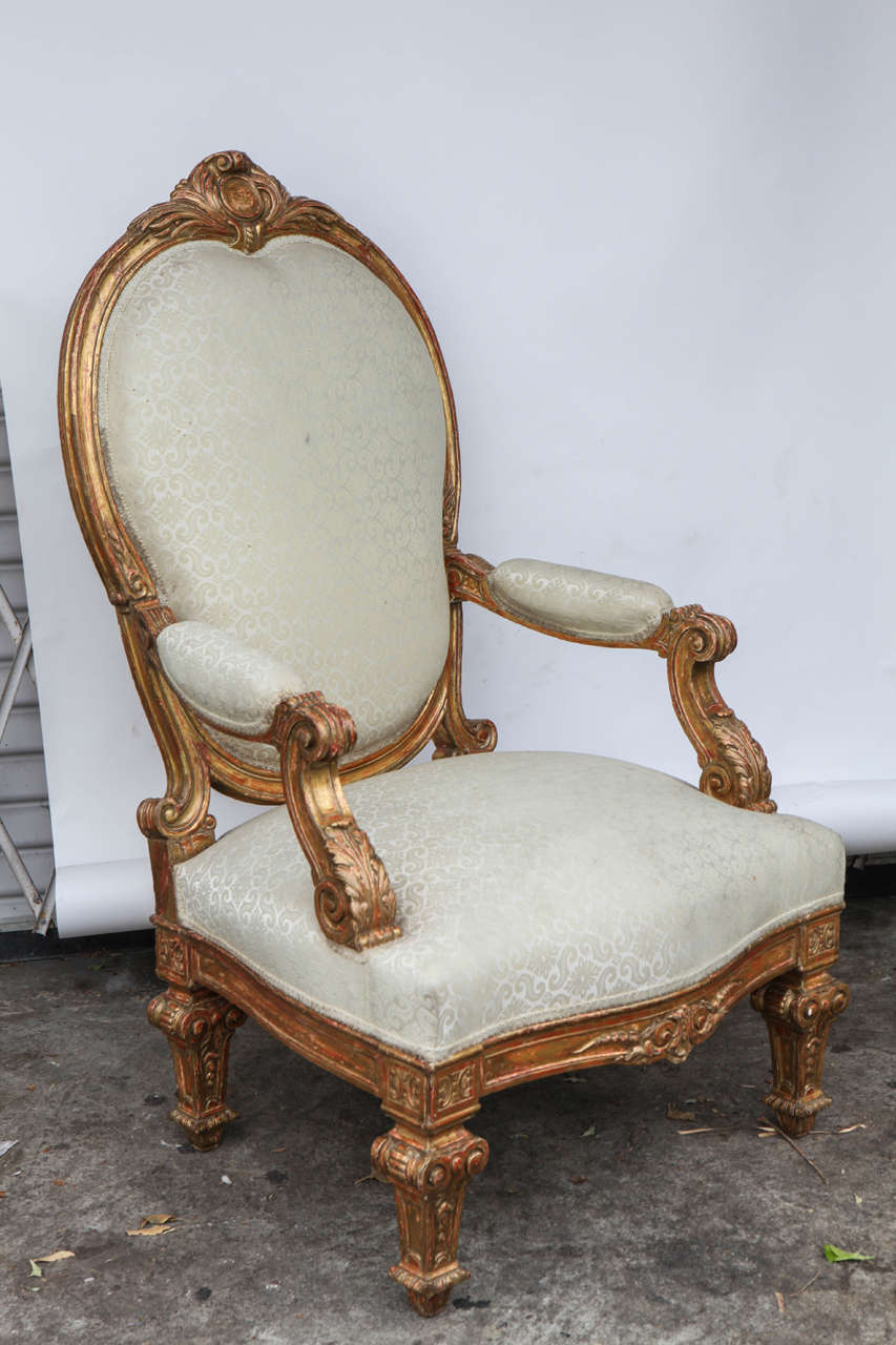 Pair of 19th century italian giltwood oversized balloon for Oversized armchairs for sale