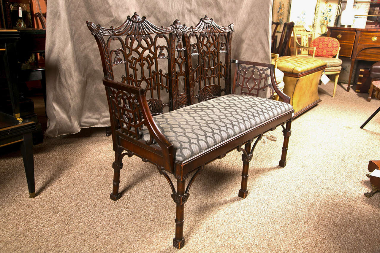Antique Chinese Chippendale Settee - Canape For Sale 1