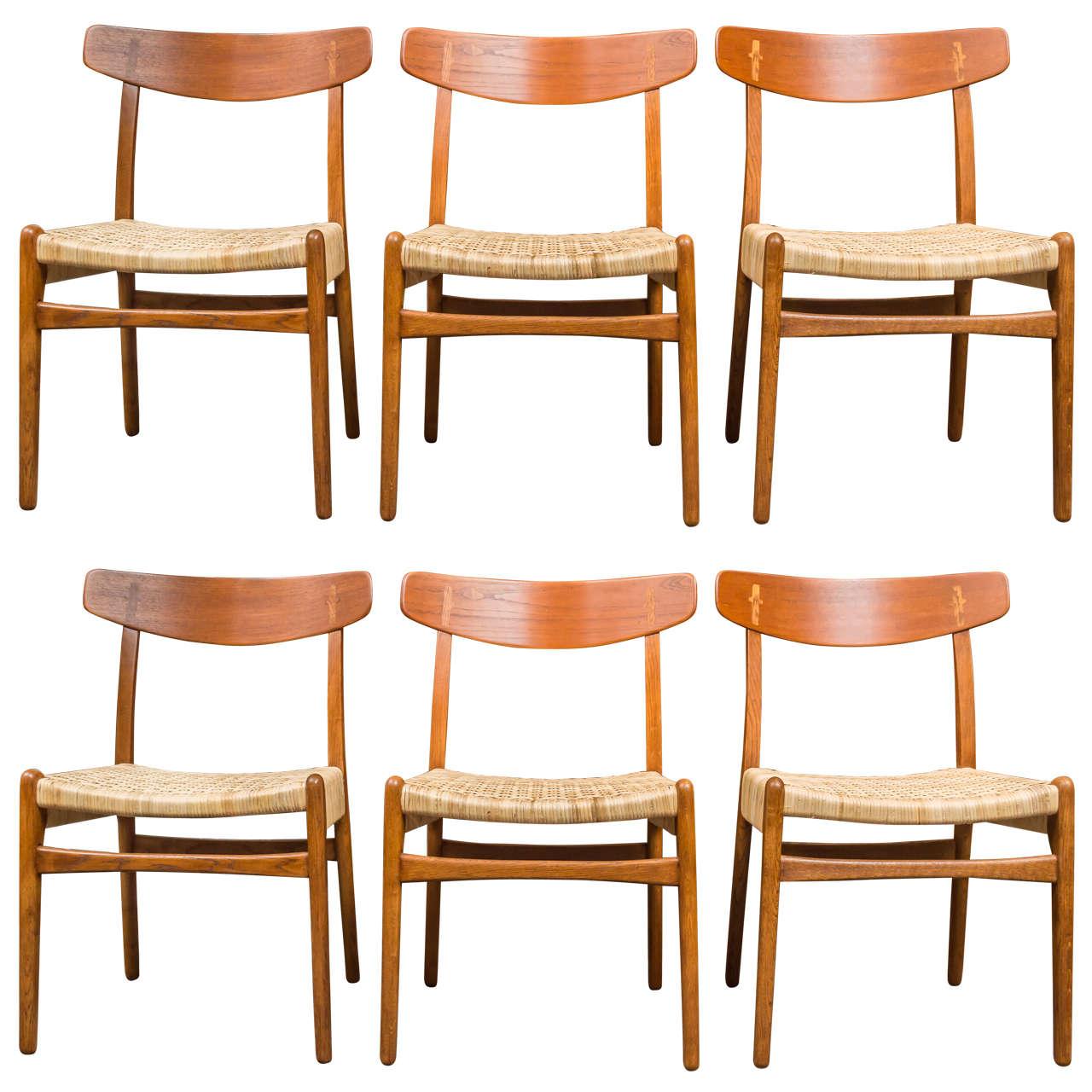 Hans j wegner dining chairs at 1stdibs for Wegner dining chair