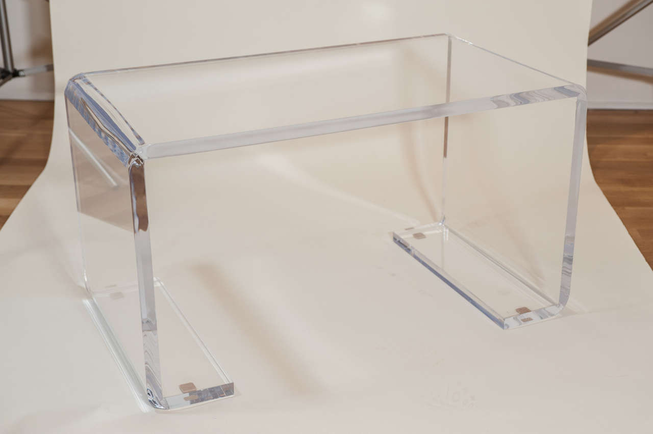 Lucite bench cocktail table at 1stdibs for Cocktail table with 4 benches